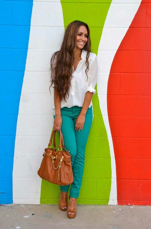 How To Wear Colored Jeans – Chic Combination Ideas 2020 .
