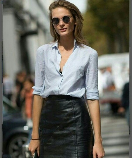 4 Ways to Wear a Button-down Shirt With a Below-the-knee Skirt .