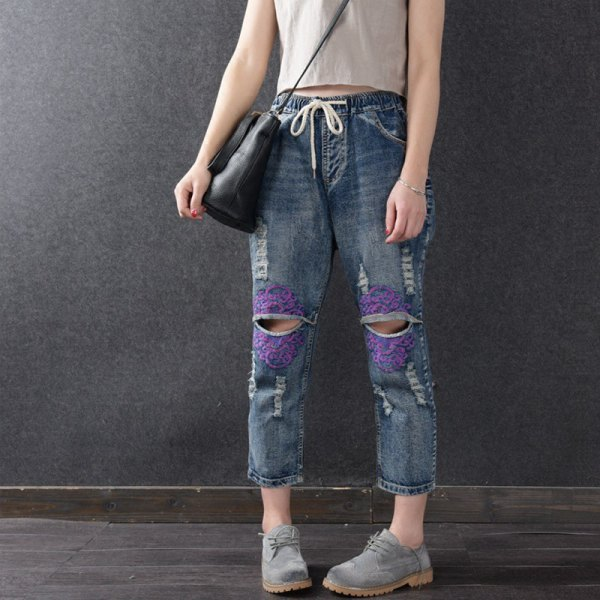 How to Wear Elastic Waist Jeans for Women - FMag.c