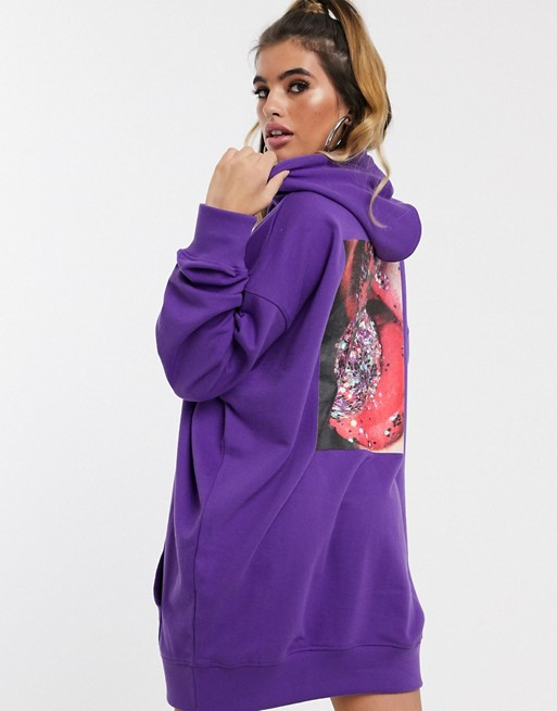 Missguided hoodie dress with back graphic in purple | AS