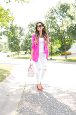 Hot Pink Blazer - How to Wear and Where to Buy | Chictop
