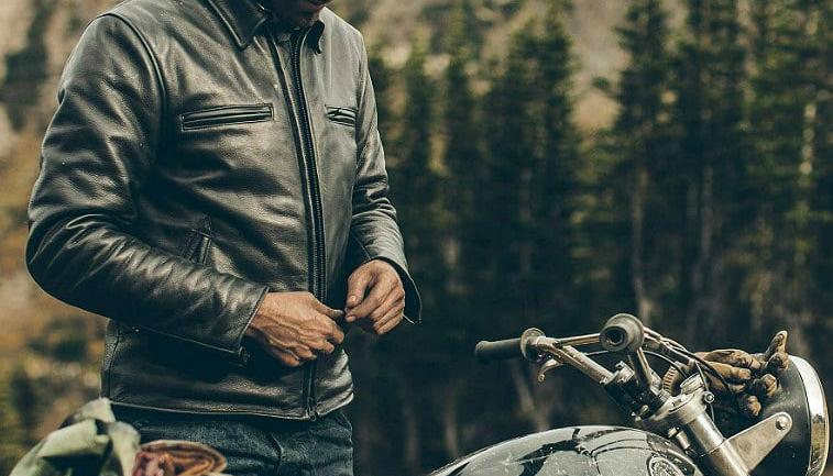 Why You Should Wear Leather Jacket While Riding - Top 5 Reaso