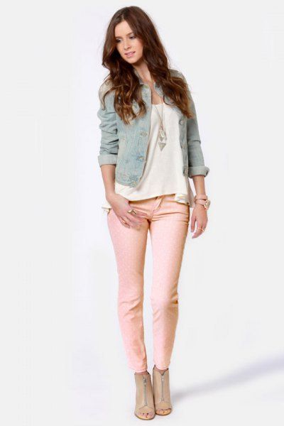 How to Wear Pink Jeans: 15 Amazing Outfit Ideas for Ladies - FMag .
