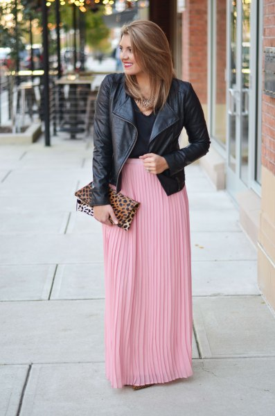 How to Wear Pink Maxi Skirt: 15 Amazing Outfit Ideas - FMag.c