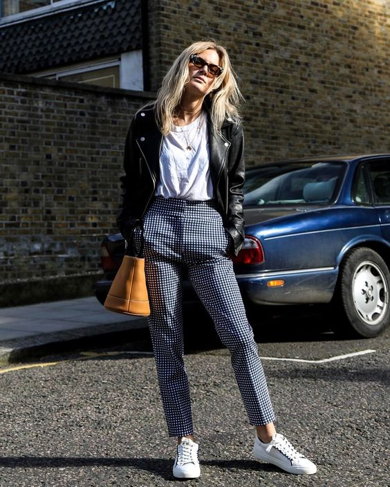 How To Style Plaid Pants For Women 2020 ⋆ FashionTrendWalk.c
