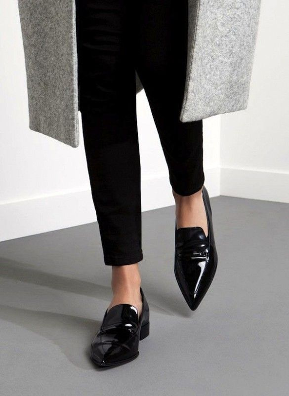 A Work-Perfect Way to Wear Your Pointed-Toe Loafers | Pointed toe .