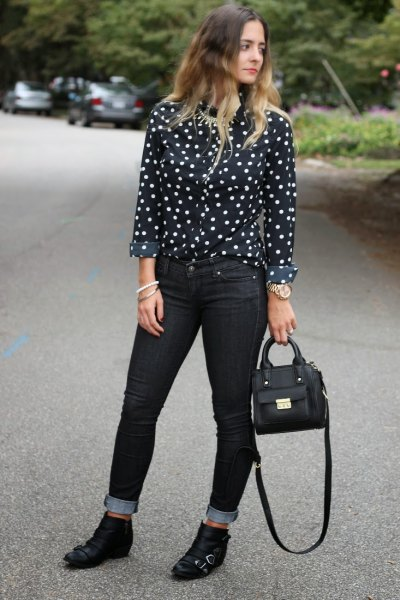 15 Best Ways on How to Wear Polka Dot Shirt for Women - FMag.c
