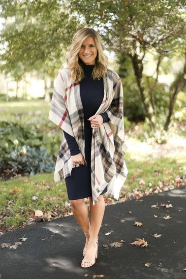 How to Style a Poncho // Sweater Dress with Poncho // Fall Wedding .