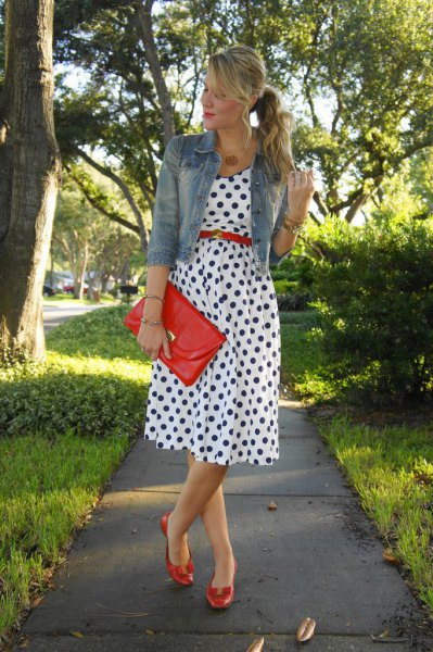 How to Wear Red Belt: 13 Eye Catching Outfit Ideas for Ladies .