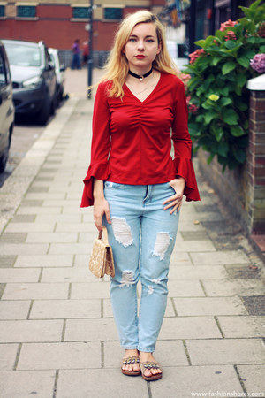 Red Blouse - How to Wear and Where to Buy | Chictop