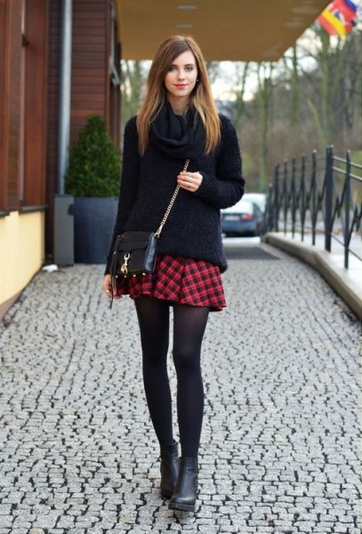 15 Best Outfit Ideas on How to Wear Red Plaid Skirt - FMag.c