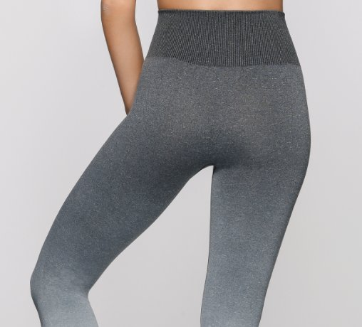 "Chloe on Twitter: ""when ever *I* wear seamless leggings I look ."