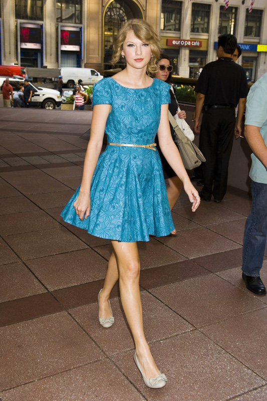 Taylor Swift's Turquoise blue cap sleeve dress | What Would Taylor .