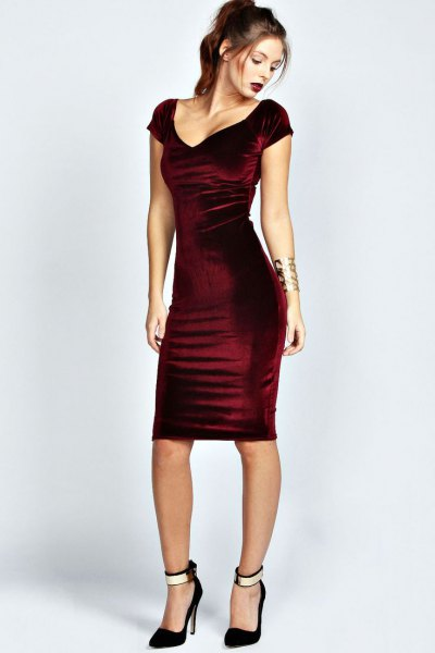 How to Wear Velvet Bodycon Dress: 15 Amazing Outfits - FMag.c