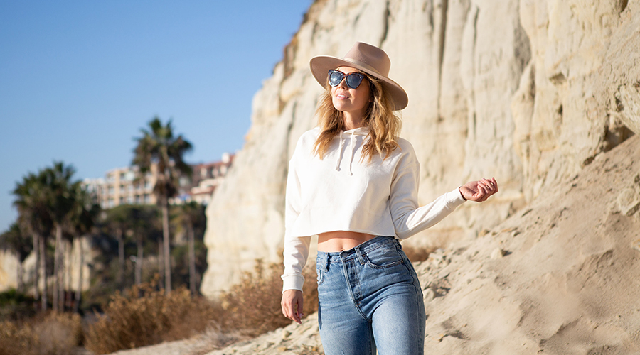 Blank Shirts - How to Wear A Cropped Hood