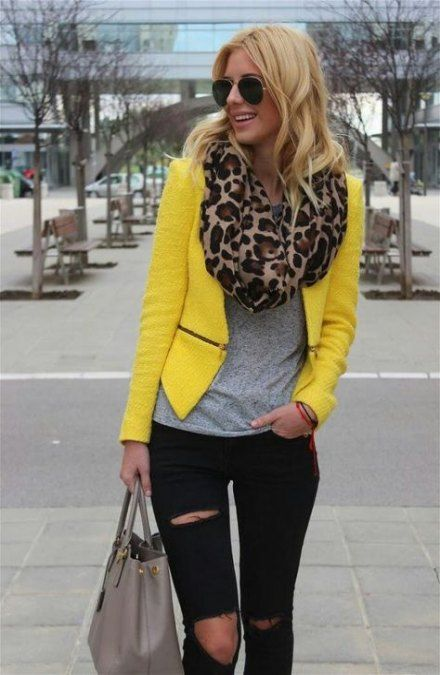 32 Ideas How To Wear Yellow Jacket Style | Yellow jacket outfit .