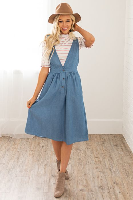 Darling Denim Jumper Dress - this is a great jumper dress outfit .
