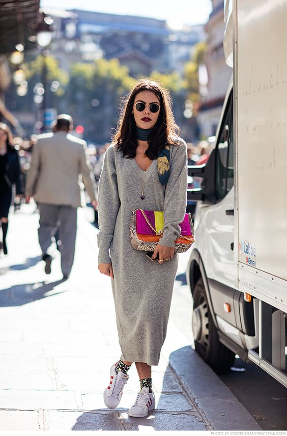 Knitted sweater garment bag