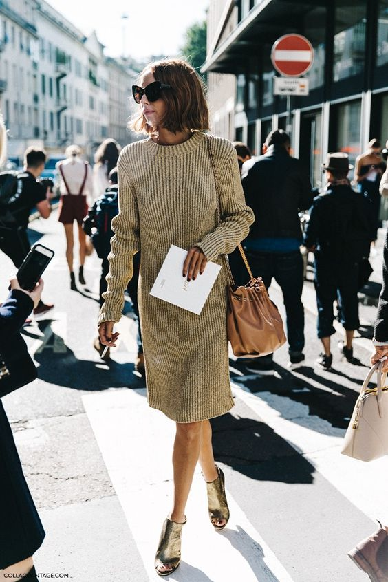 Knitted sweater dress camel