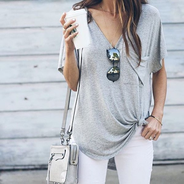 knotted V-neck t-shirt white skinny jeans