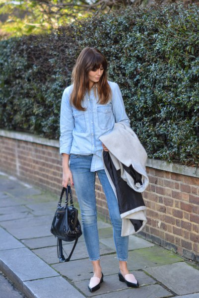 Light blue chambray shirt with short skinny jeans and black and white slippers