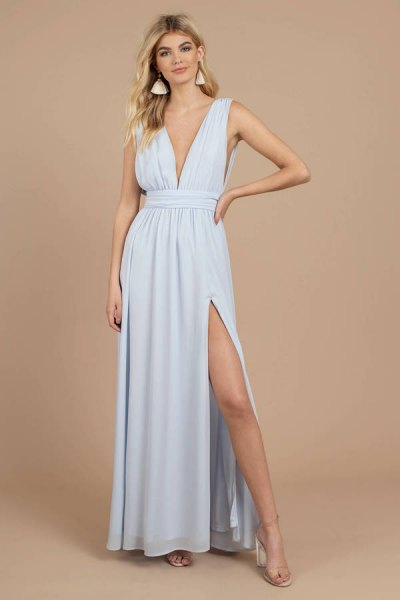 Light blue fit and flared, deeply divided maxi dress with deep V-neck