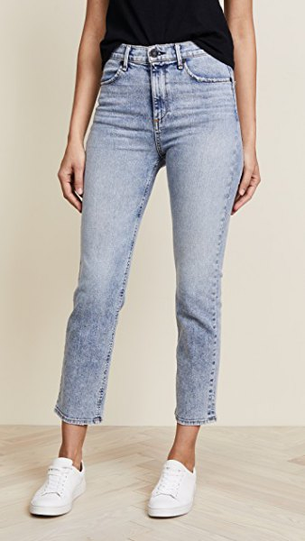 Light blue washed, high-waisted cigarette jeans