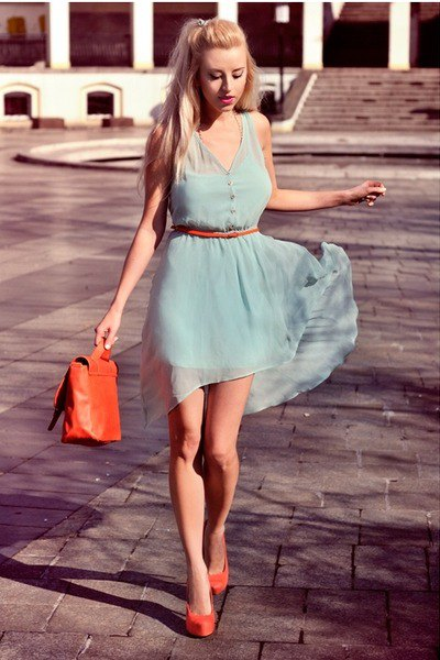 light gray mini chiffon dress with belt and orange heels