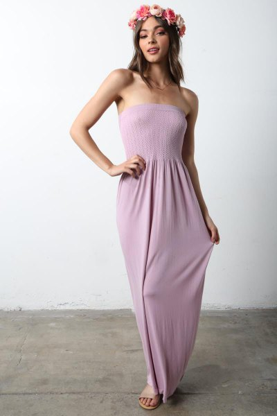 Light gray strapless fit and flared maxi dress with bare sandals