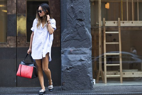 Linen shirt dress with black and white dress shoes