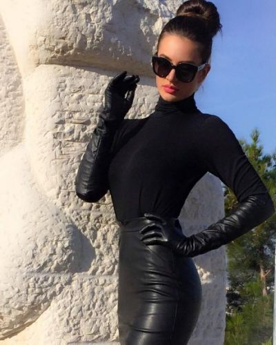 1000+ ideas about Long Leather   Gloves fashion, Black leather .