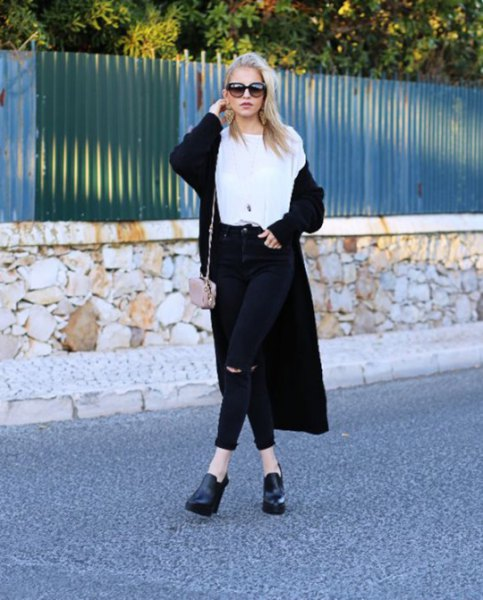 long cardigan white t-shirt black jeans