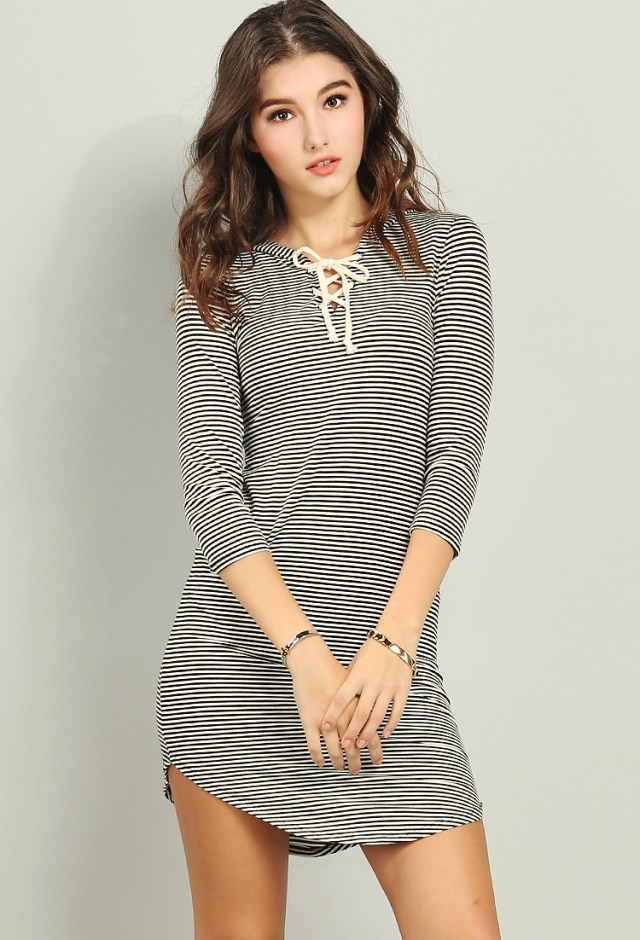 Long sleeve hooded t-shirt dress outfit