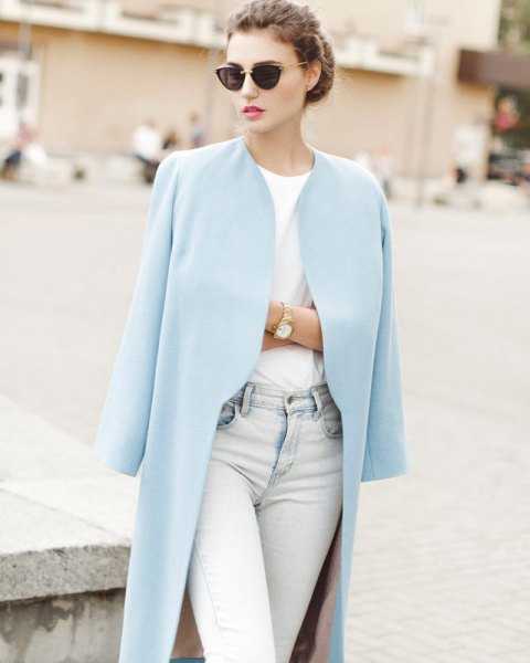 Longline blazer with a white T-shirt and light blue jeans