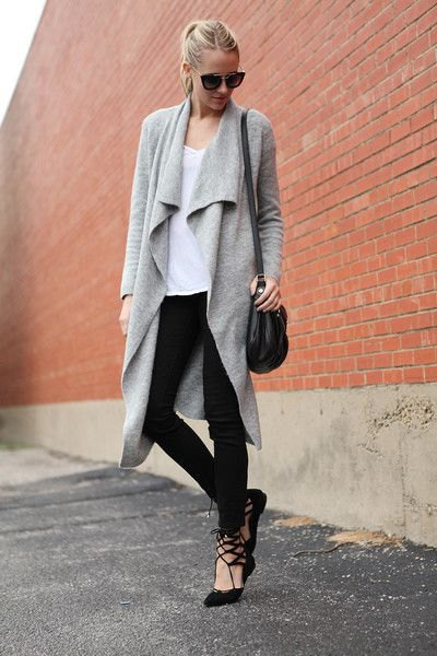 gray cashmere cardigan with black skinny jeans
