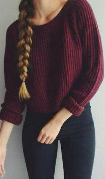 maroon, chunky, ribbed sweater with dark blue, super thin jeans
