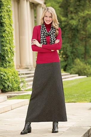 Maxi gray wool skirt red sweater