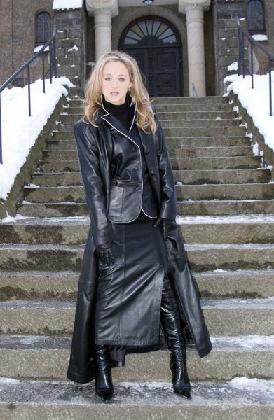Maxi leather coat all leather outfit