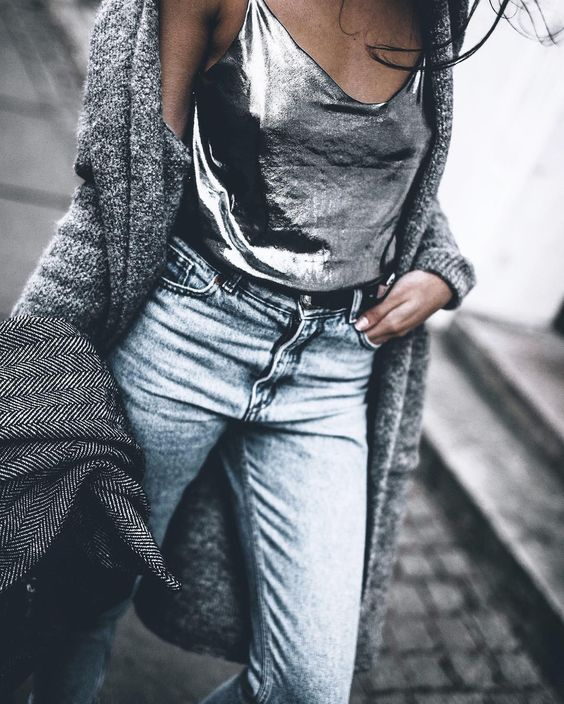 15 Silver Pieces To Buy Now in 2020 | Metallic top outfit, Fashion .