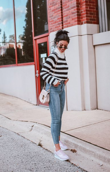 Mock neck sweater with short skinny jeans and white sneakers