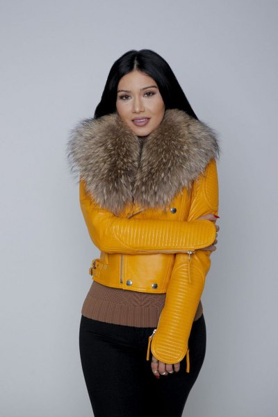 Leather jacket with mustard-yellow fur collar