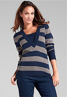 dark blue and gray sweater with V-neck and matching chinos