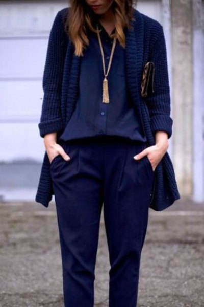Navy blouse with blazer and long necklace in boho style