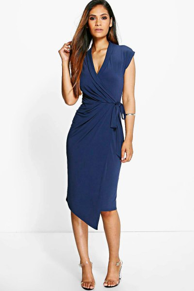 Dark blue cap sleeves with V-neckline and midi wrap dress