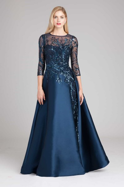 Dark blue maxi dress with chiffon sleeves and a flared dress