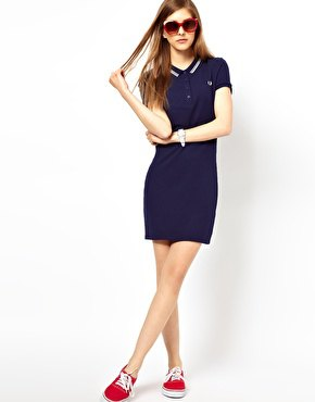 Navy polo shirt dress red sneakers