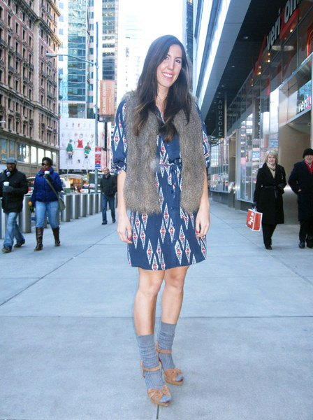 Navy tribal printed dress with half sleeves and gray faux fur scarf