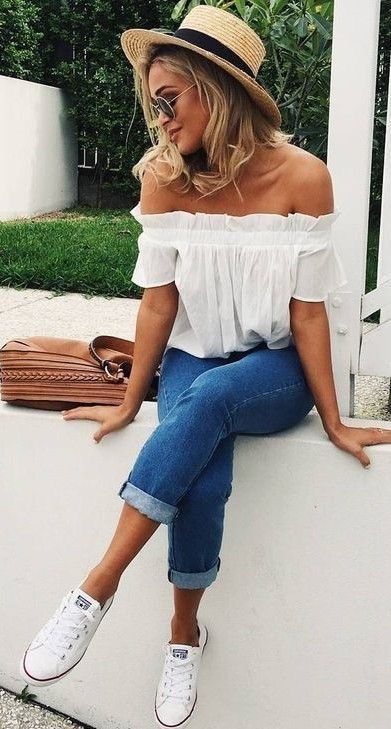Off the shoulder top. | Popular outfits, Casual summer outfits .