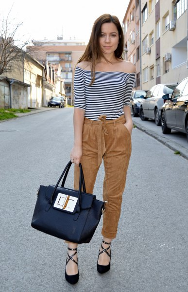 Suede t-shirt striped off the shoulder