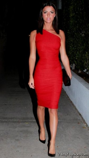 A strapless, figure-hugging midi dress with black suede heels